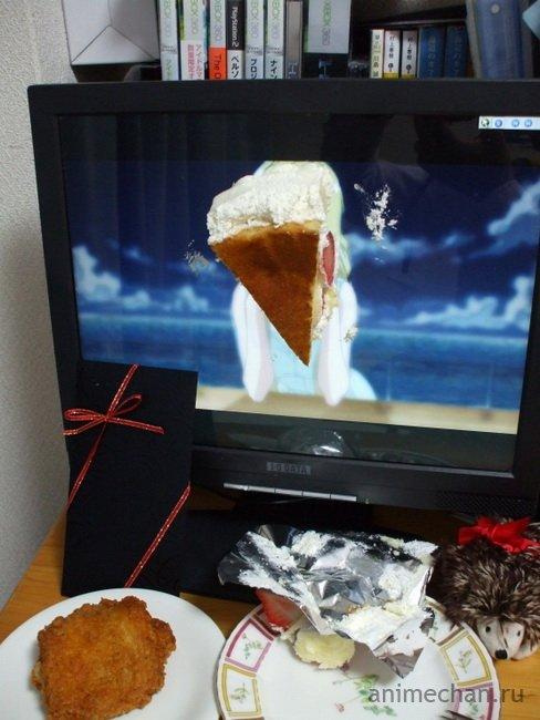 Как справляют праздники одинокие отаку