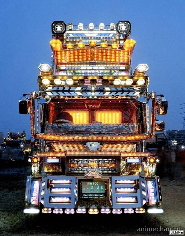 Японские грузовики Dekotora (Decotora)