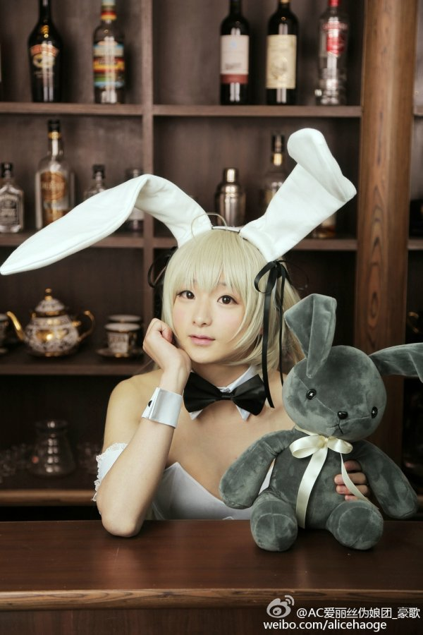 Bunny cosplay by Alice Haoge