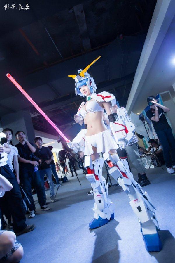 Gundam-тян