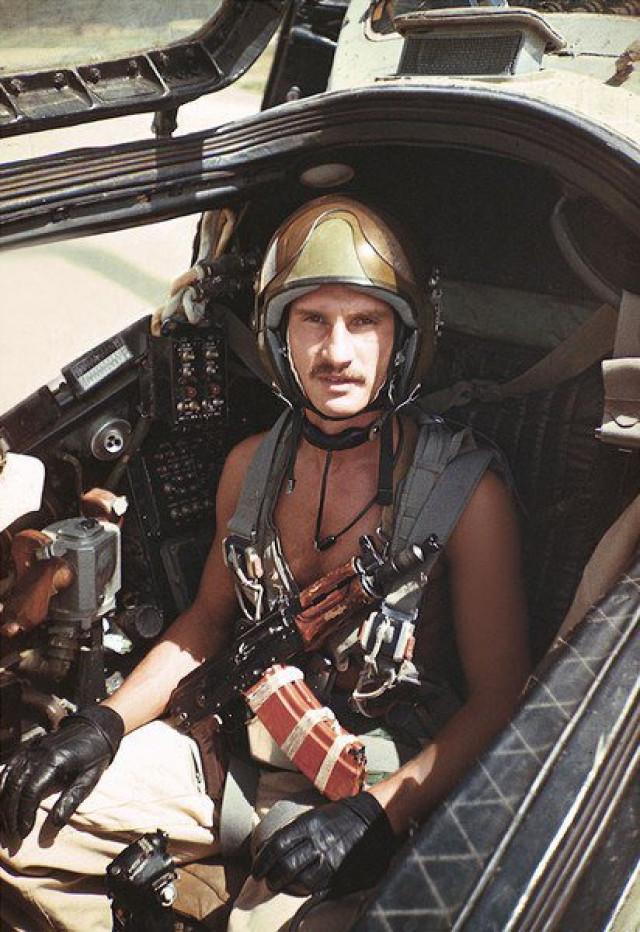 Ми-ми-шный пилот и его копия