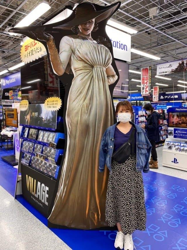Узнай на сколько ты ниже Леди Димитреску