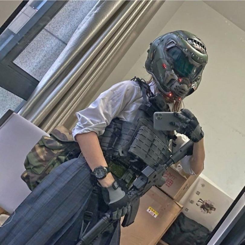 Обычная японская Doom Slayer